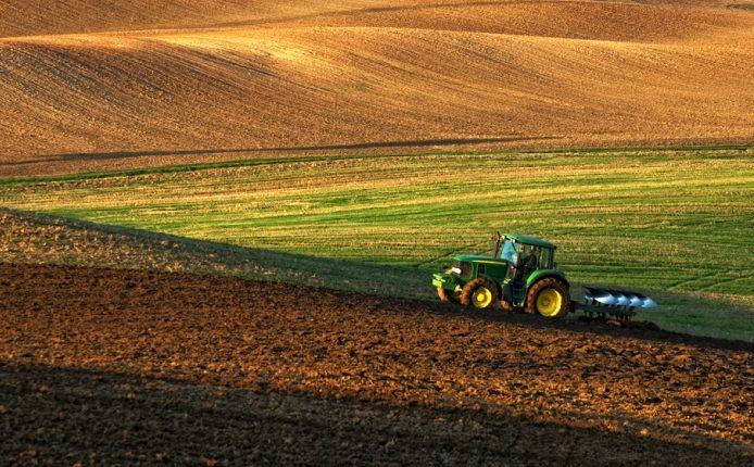 tecnologia para máquinas agrícolas