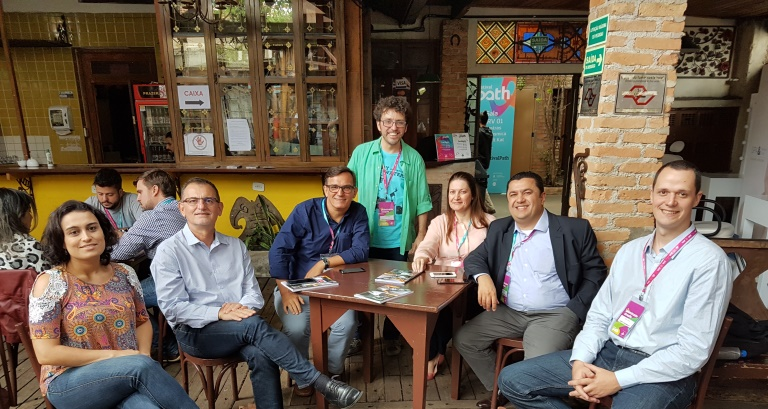 Participantes do painel sobre Internet das Coisas e agricultura: Maria Fernanda (com. IBM), Ulisses Mello, IBM; Luiz Fernando Sá, StartAgro; Clayton Melo ( curador), Omarson Costa (Netflix) e Thiago Bohn, SAP