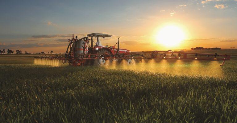 Nos EUA, estima-se que 52% dos agricultores já utilizem alguma forma de direção automática
